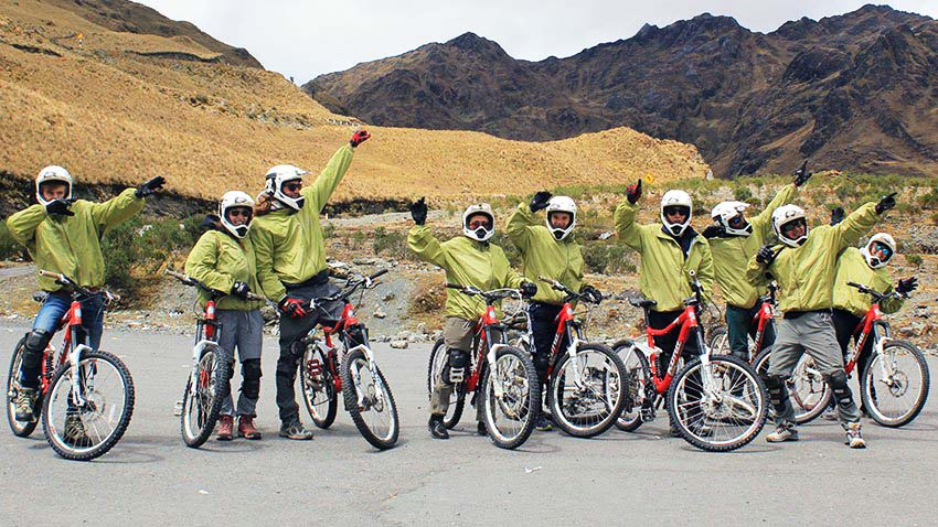 inca jungle tour - biking
