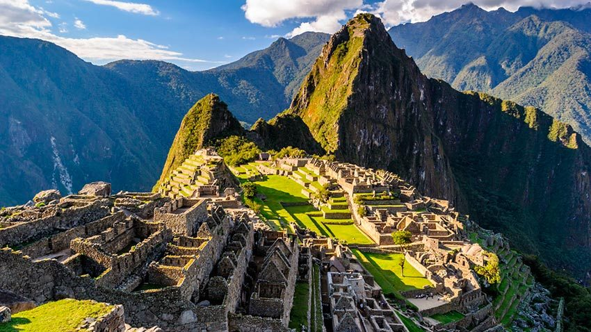 View of the Inca citadel of Machu Picchu