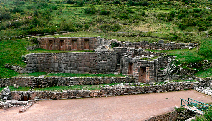 Archaeological site of tambomachay in Cusco